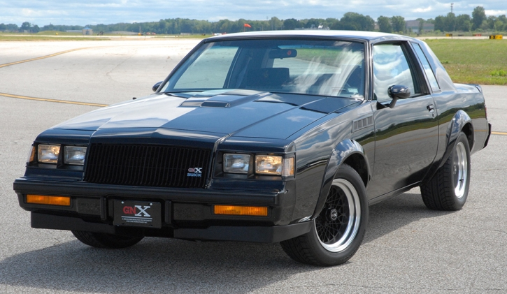 1987-Buick-Grand-National-GNX-003_Front_3-4